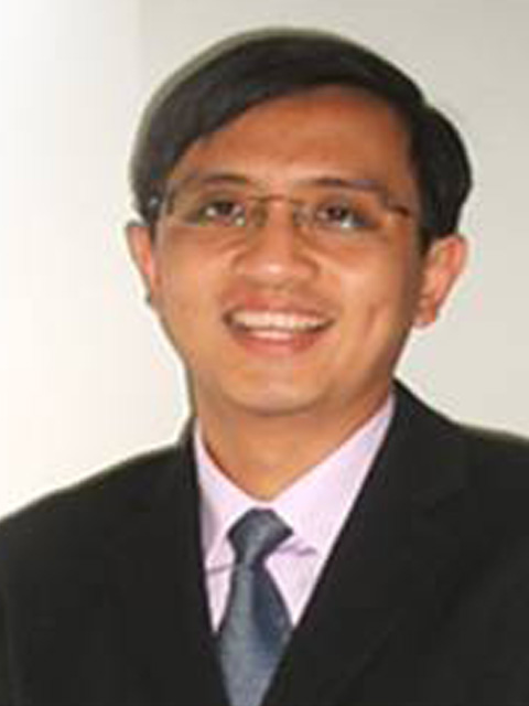 Dr Roger Tan