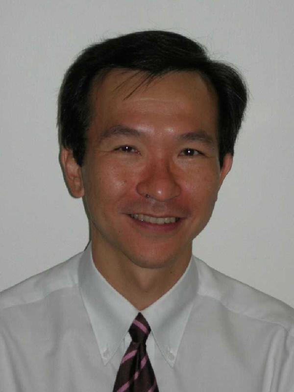 Dr Leonard Koh