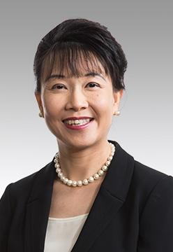 Dr Lo Soo Kien, Sue