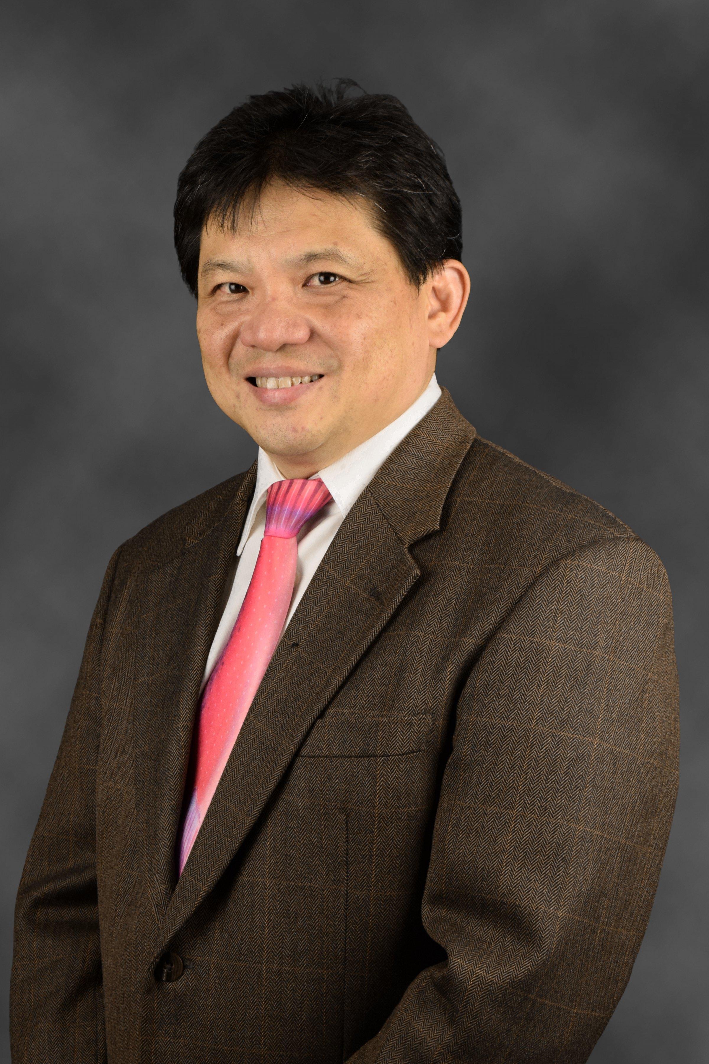Dr Lim Chong Hee